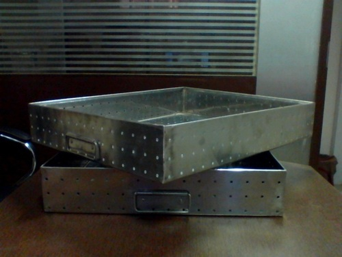 Autoclaving Perforated Tray