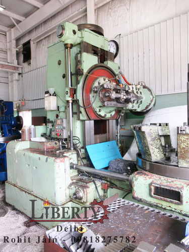 TOS FO16 Gear Hobbing Machine