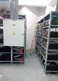 Battery Bank with Circuit Breaker Installation
