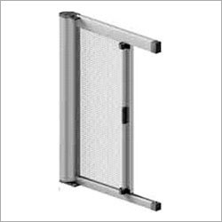 Retractable Vertical Screen