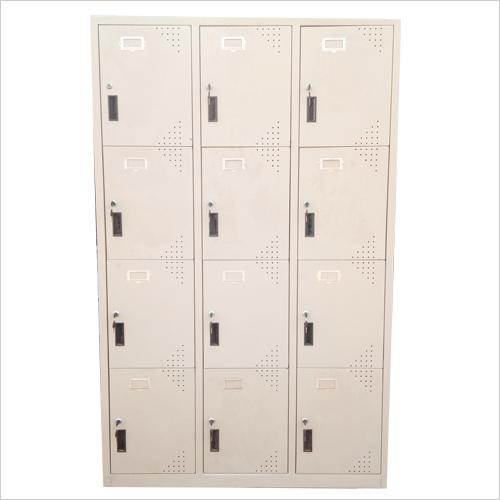 12 Doors Almirah
