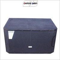 STX 828 Dual 18'' Bass Speaker Box