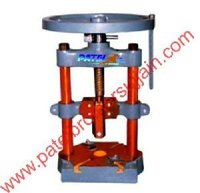 Pedestal Type Dona Making Machine