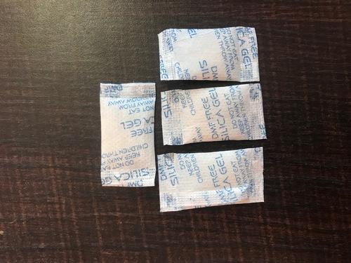 2 gm Silica gel Pouches