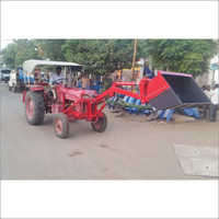 Front Head Loader on All Tractor
