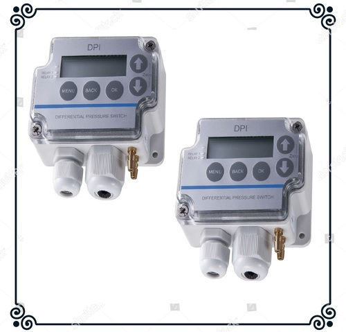 Sensocon USA Differential Pressure Transmitter Series DPT1-R8 - Range  -25.4 - 25.4 mmWC