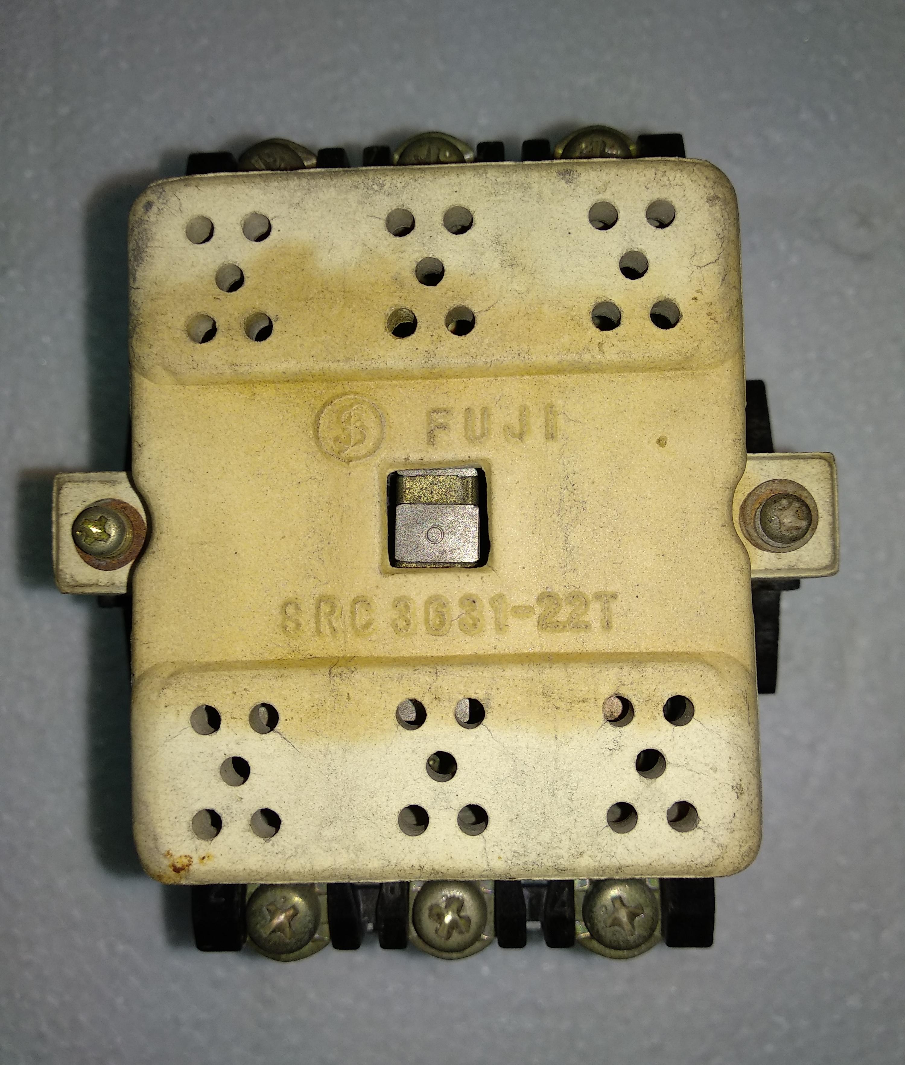 Fuji Contactor