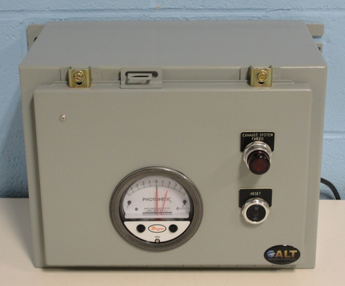 Series A3000 Photohelic Pressure Switch-Gage