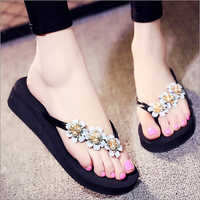 Ladies Trendy Slippers