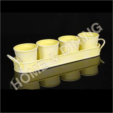 Garden Planter Set Of 4 With Tray Yellow Color