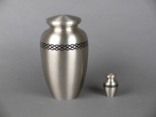 Metal Brass Classic Stripes Cremation Urn