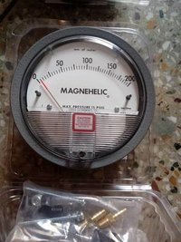Dwyer USA Magnehelic Gauges 0 To 150 MM WC