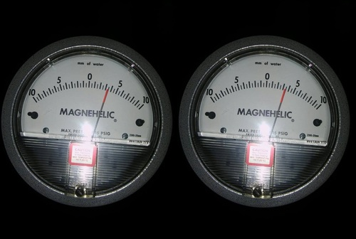 Dwyer USA Magnehelic Gauges 10-0-10 MM WC