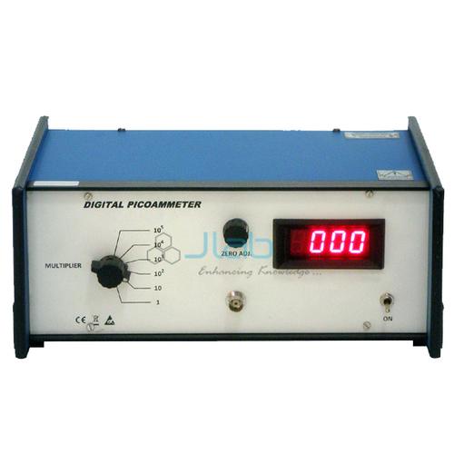 Picoammeter