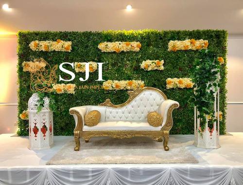 Royal Wedding Sofa