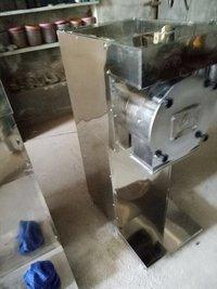 Pulverizer 5 hp Machine