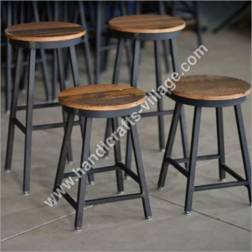Metal Bar Stools With Wooden Seat