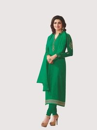 Rahi Fashion Prachi Desai GREEN COLOR Royal Crape Embroidered Straight Suit