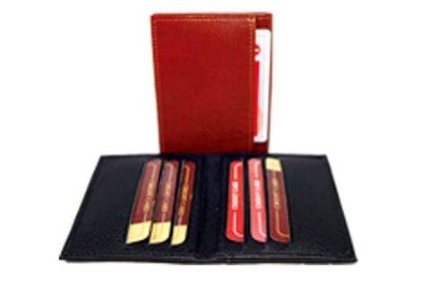 CARD HOLDER FLEXIBLE CASE