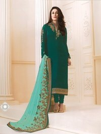 Kareena Kapoor Green Georgette Straight Suit