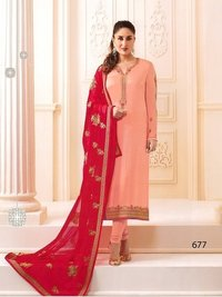 Kareena Kapoor Peach Georgette Straight Suit