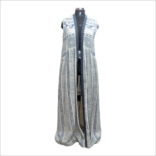 Ladies Customized Long Sleeveless Cardigan