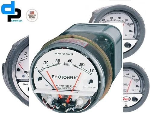 Dwyer 3010MRS Photohelic,Switch/Gauge 0 to 10 in W.C