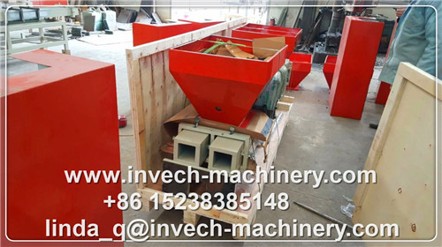 4 Heads Wood Sawdust Pallet Block Machine