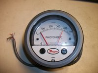 Dwyer 3000MRS Photohelic Switch/Gauge 0 to 500 Pa