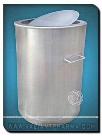 Tilting Dustbin