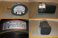 Dwyer 3000MRS Photohelic Switch/Gauge 0 to 1 kPa
