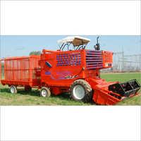 Tractor Straw Combine Harvester