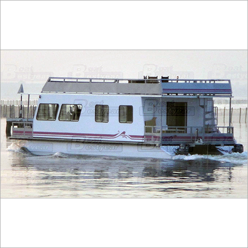 House Boat1450