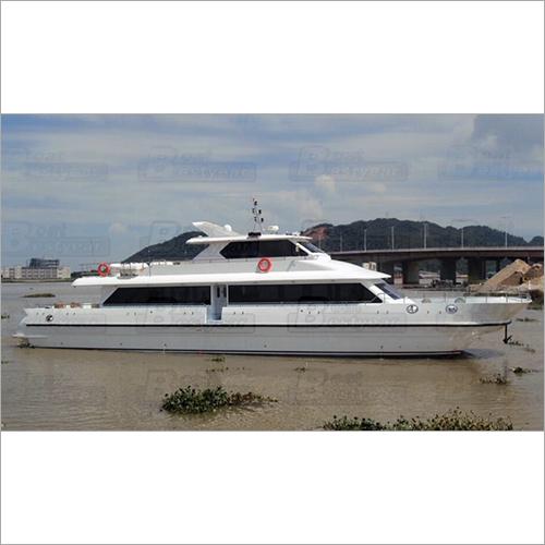 Catamaran 2800