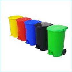 Plastic Dust Bin