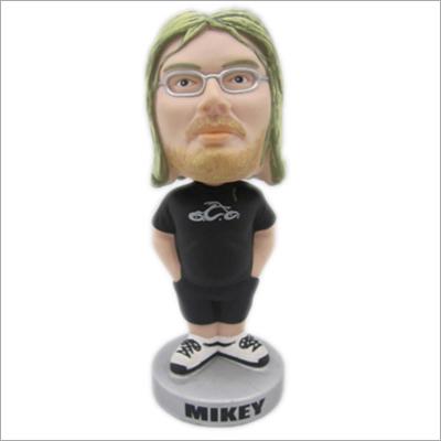 Polyresin sport bobble head player figurine
