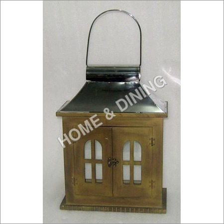 WOODEN LANTERN RECT 2 DOOR)