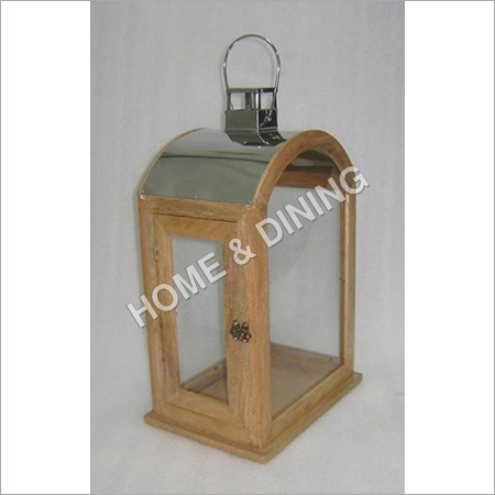 WOODEN LANTERN WITH DOME  ROOF  PLAIN