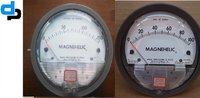 Dwyer USA Magnehelic Gauges 0 To 150 Inch WC