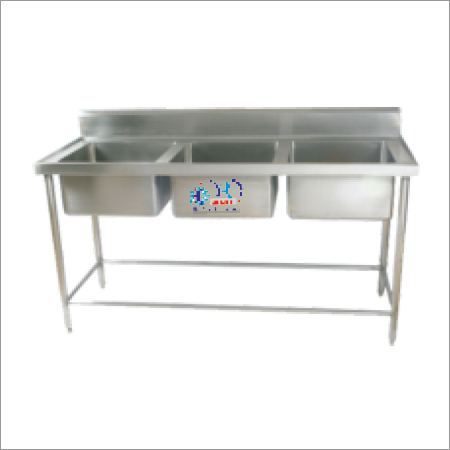 Stainless Steel Table With 3 Sink
