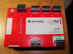 220 V AC Allen Bradley Guard PLC Digital Relay Module 1753-OW8