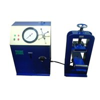 Flexure Testing Machine Electrically Operated