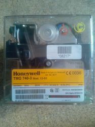 Honeywell Burner Controller 740 - 3