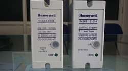 Honeywell Flame Relay R 4343 E