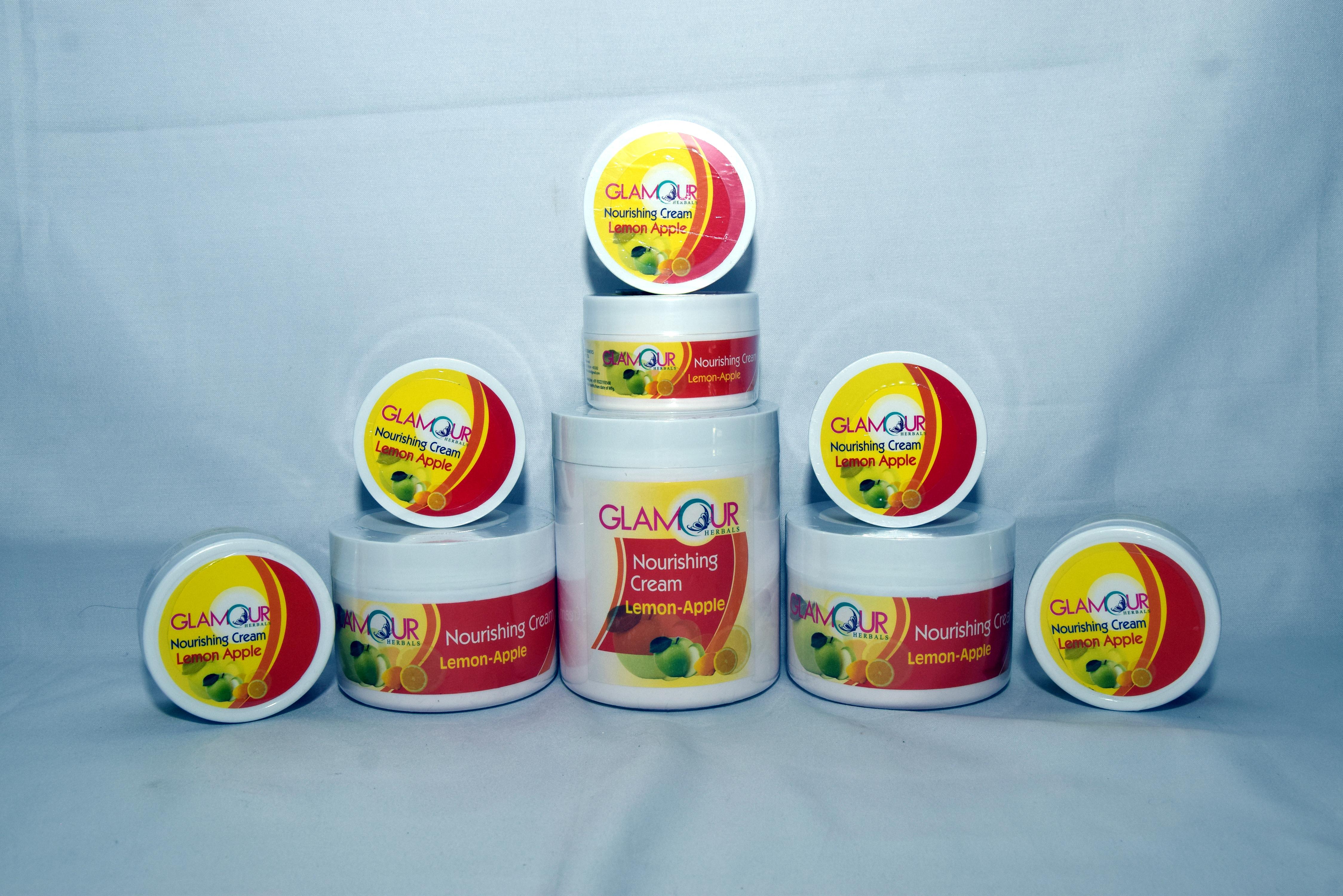 Glamour Almond-Milk Nourishing Cream