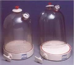 SE.22 – Vacuum Jar, Plastic with Air Pump