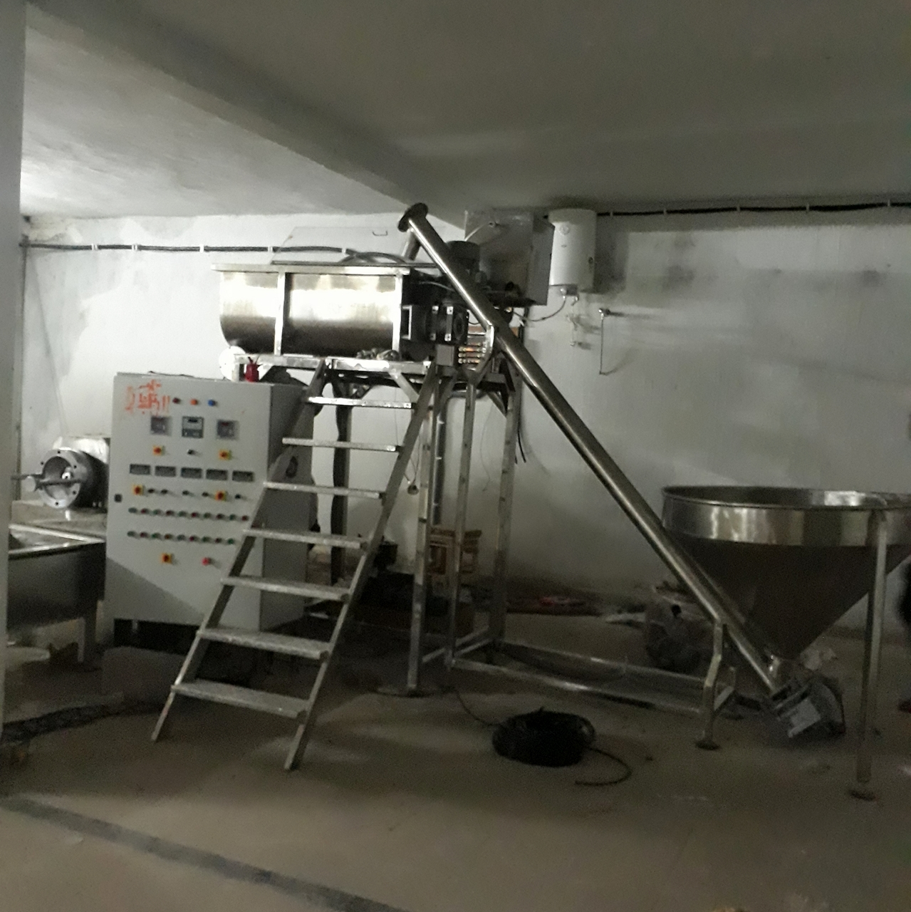 Steel Pasta Making Machine