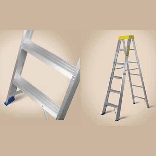 Plastic Top 2 Way Aluminium Ladder