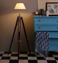 Beautiful Chrome Tripod Floor Marine Studio Corner Lamp Stand