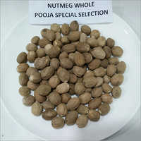 Natural Dried Nutmeg